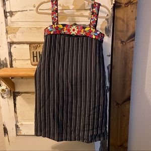 Anthropologie. Keyhole top.  THML